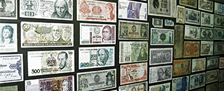 Coins & Currency Collectors