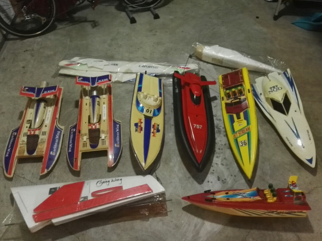 RC boats and planes CLEARANCE SALE