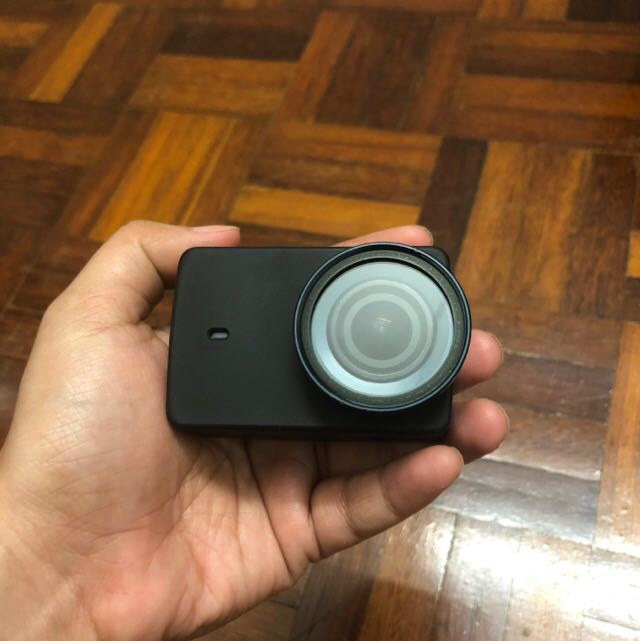 Sell : (Used) Action cam Yi4K with accessories