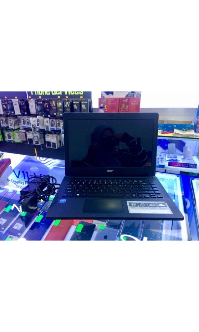 Laptop acer fr sell ! condition 9/10 with fullset accessories rm670 only ✨anything just pm me