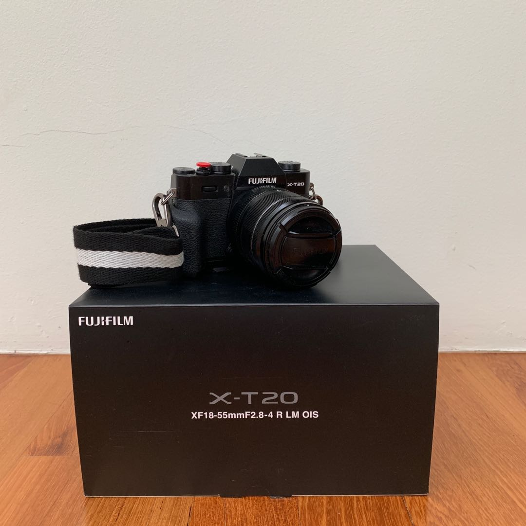 Selling X-T20 with loads of freebies