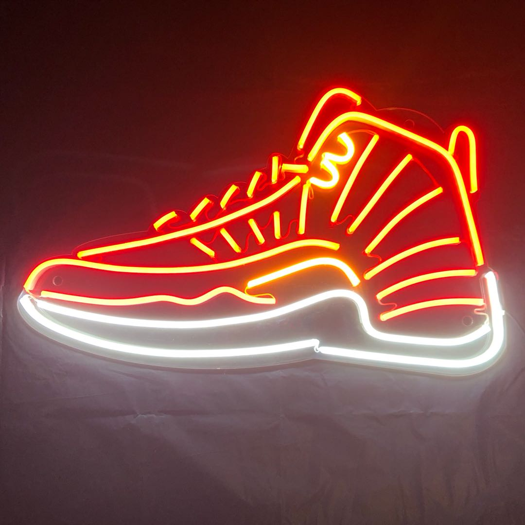 Light design of shoes!