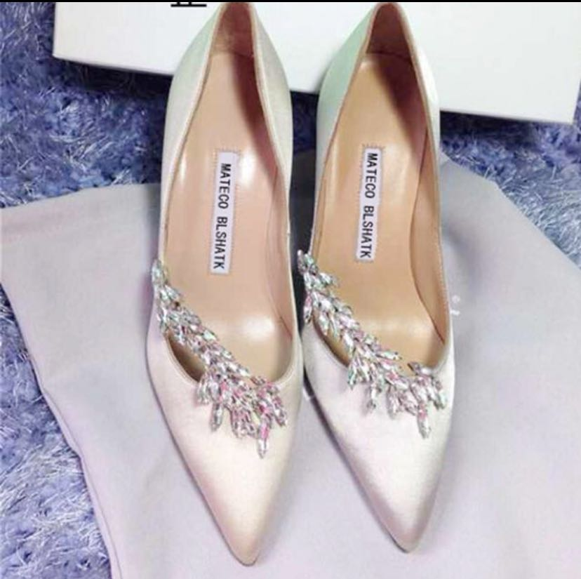 Wedding shoes (BN)