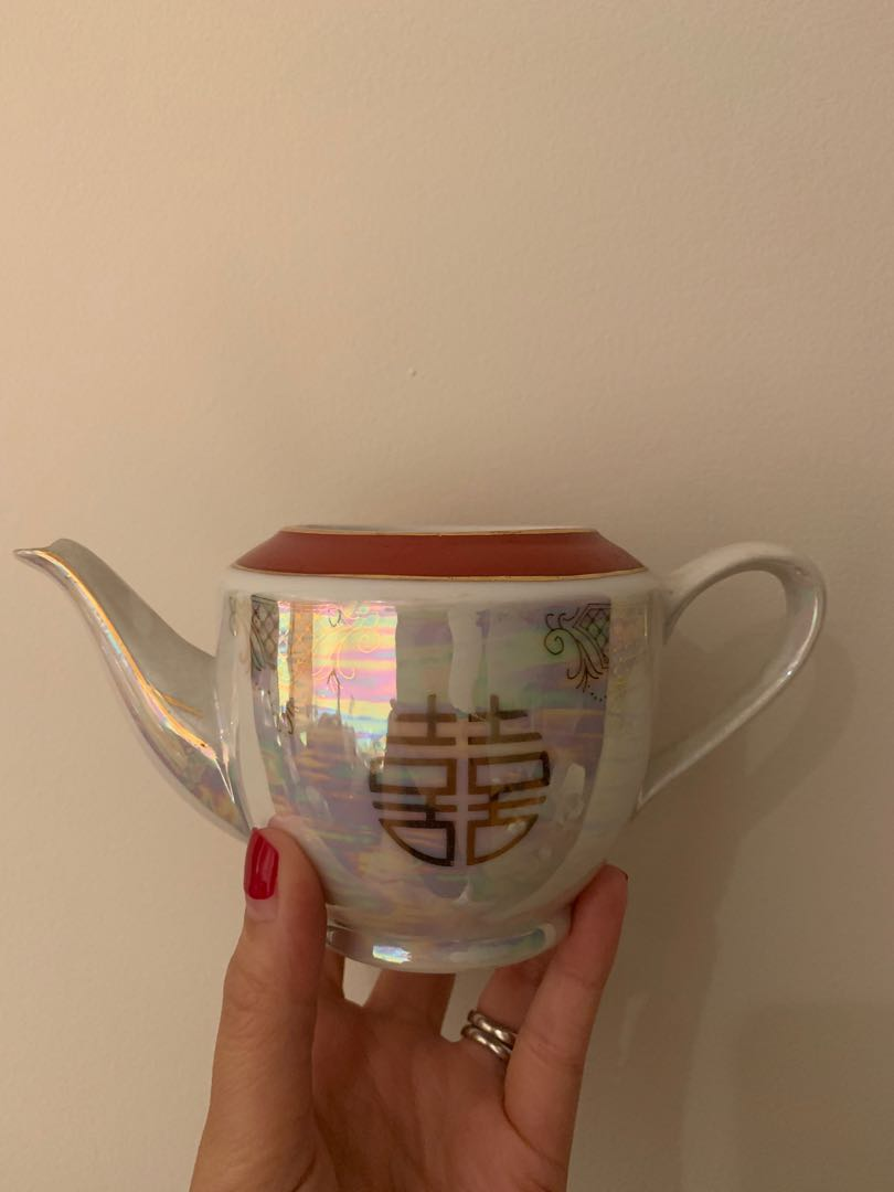 Brand new tea set & door decor