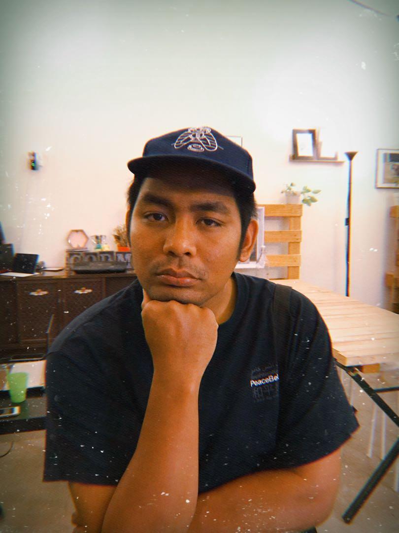 ZYOK topi enam panel warna biru navy