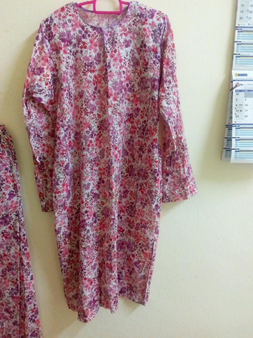 Muslimah Preloved / New Shawl, Bawal & Clothes