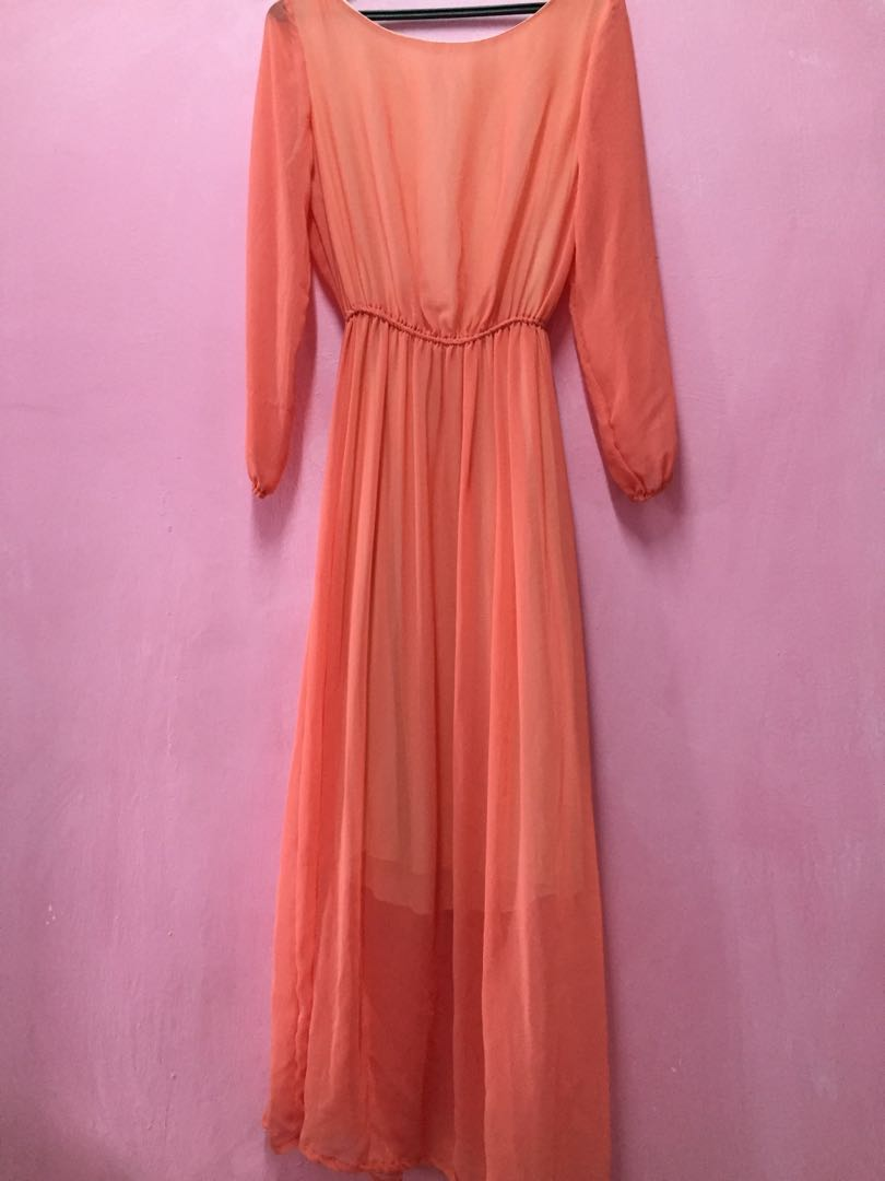 Selling new and preloved item!