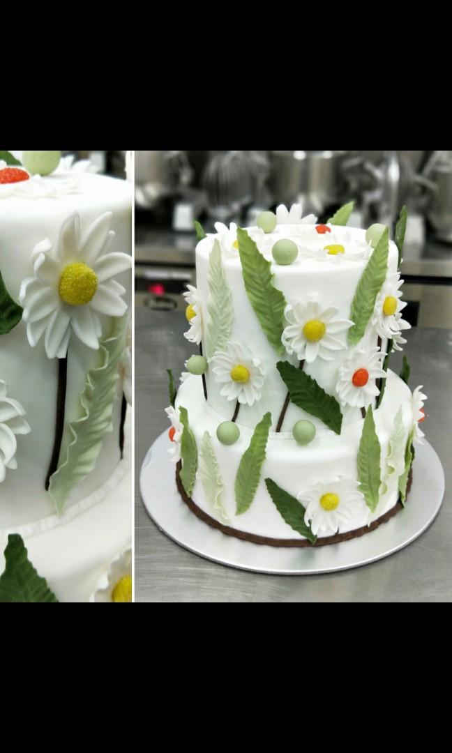 Wedding cake rental