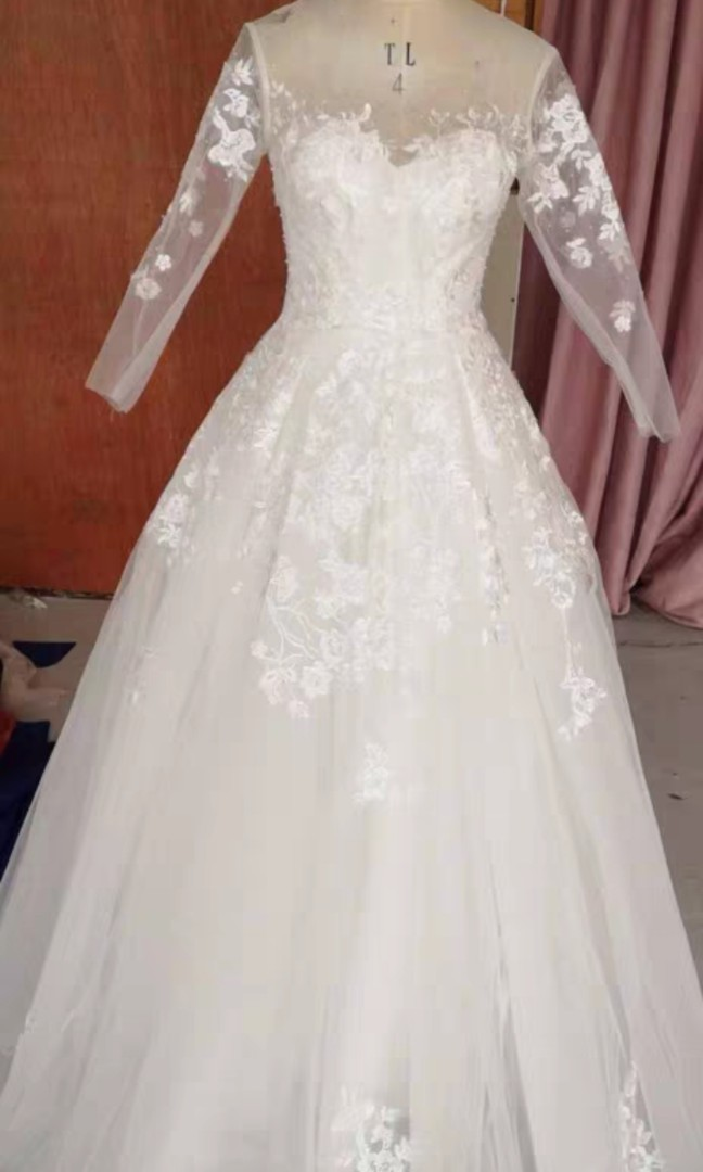 brand new wedding Gown for sell!!!