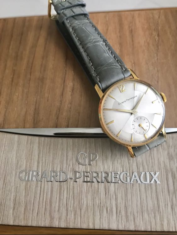 BNIB Authentic Girard Perregaux 35mm Vintage Le Petit Seconds 'Prism' Dial Rare