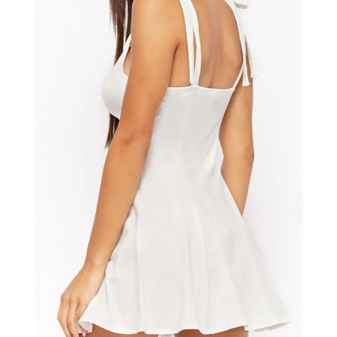 Selling 2 brand new Fit & Flare Mini-dresses!!