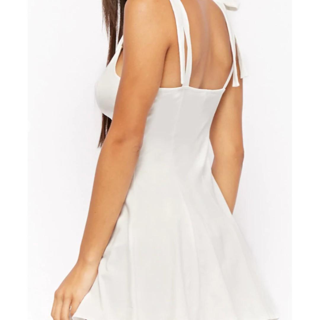 Selling 2 new fit & flare mini-dresses!