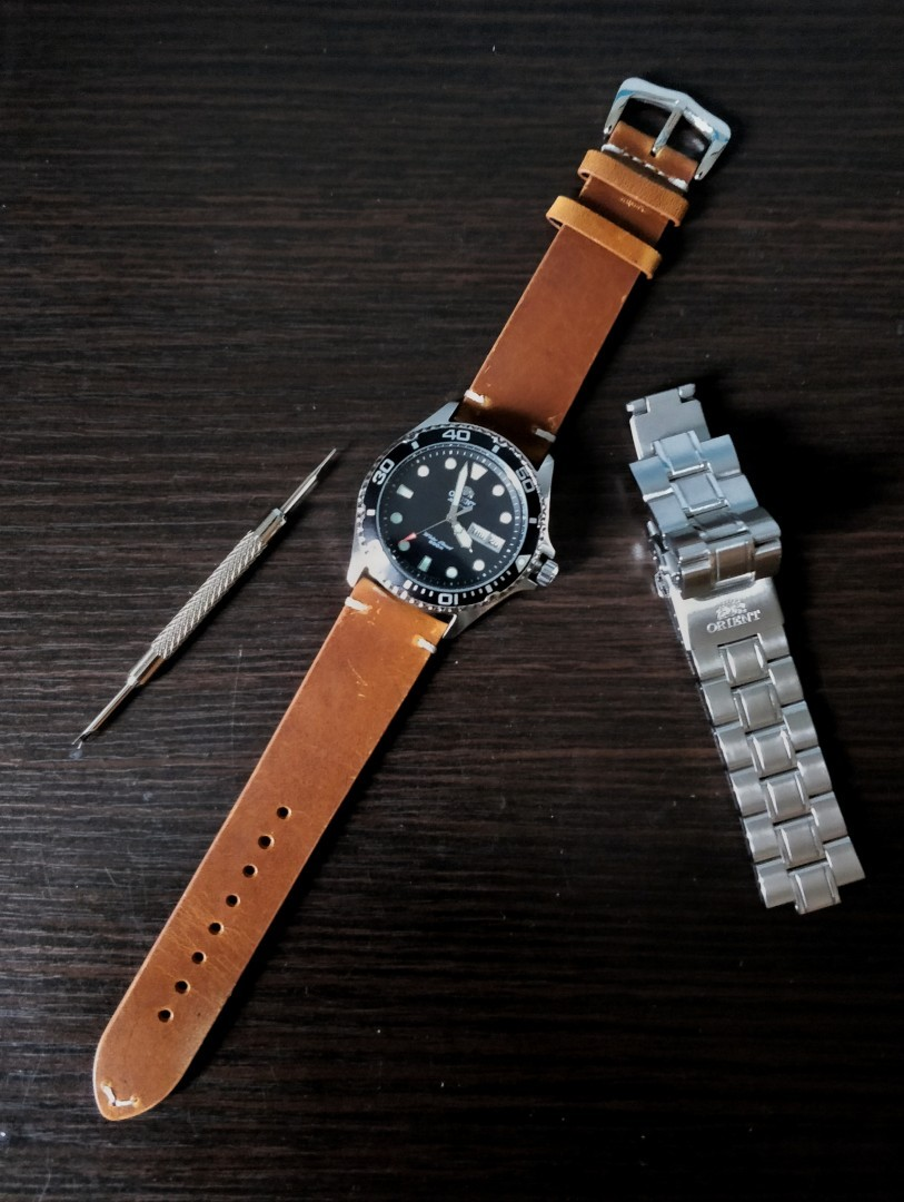 Vintage leather strap 22mm and other more straps!